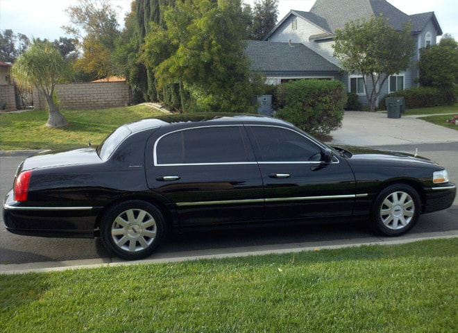 Redlands Lincoln Town Car