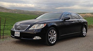 Luxury Sedan in Redlands
